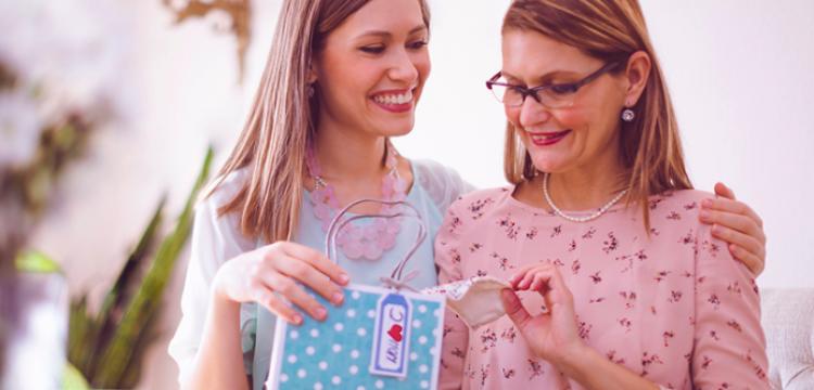 Dicas de ações para sua loja católica vender mais no Dia das Mães