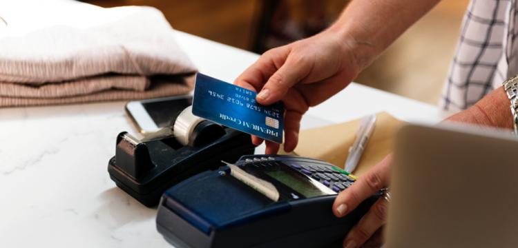 Qual a melhor maneira de cobrar dos clientes?