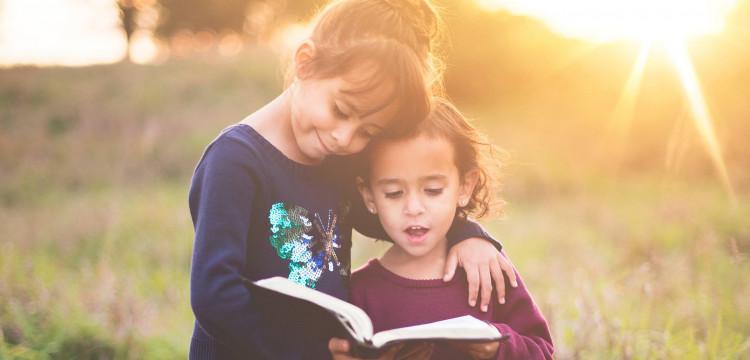 3 Dicas para Vestir Seus Filhos com Moda Católica Infantil