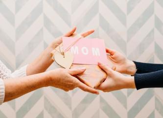 Que presente comprar para o Dia das Mães?